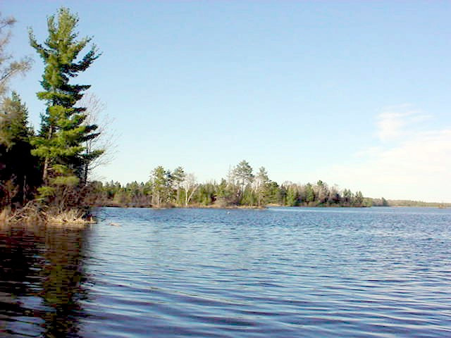 Flambeau flowage lodging great cabin rentals and homes to for Fishing cabins in wisconsin